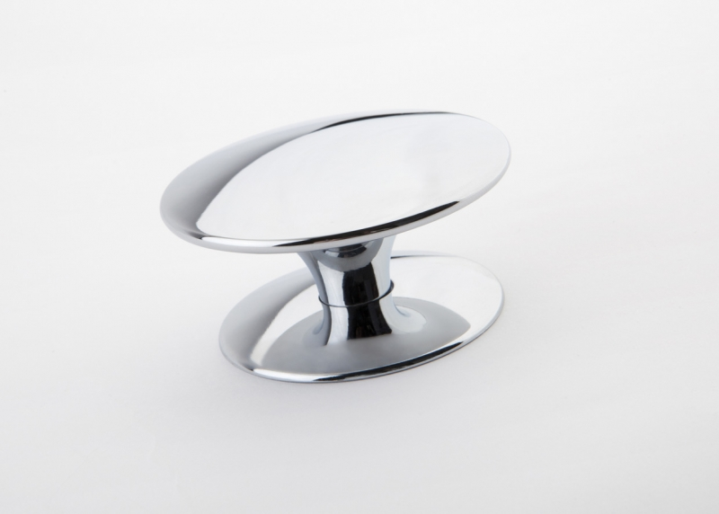 Bistro chrome knob with base